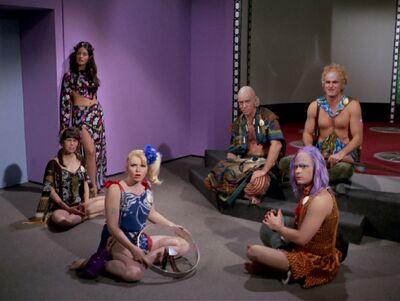Sevrin und seine Gruppe Hippies