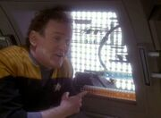O'Brien indicates phaser cannon servos
