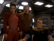 O'Brien Kira und Odo sprechen über Rettungsmöglichkeit
