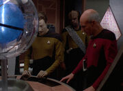 Picard Data and Worf on Iconia