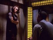 Tuvok und Torres in der Zelle