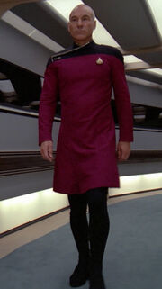 Picard in Galauniform