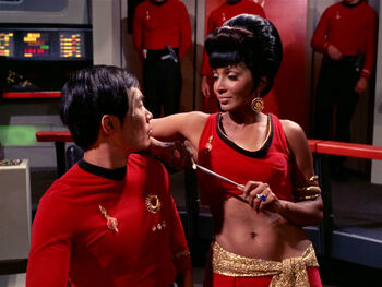Uhura distracts Sulu