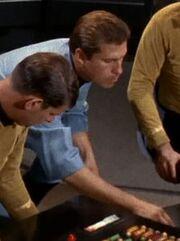 Brückentechniker Enterprise 2267 Sternzeit 3012