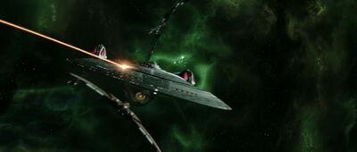 Enterprise-E greift mit Romulanern die Scimitar an