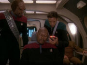 Die Besatzung des Shuttles ist bewusstlos