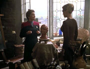 Janeway and Seven sculpting