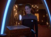 Bajoran temple Jadzia