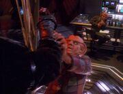 Kozak greift Quark an