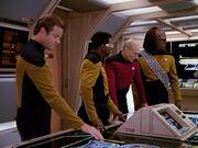 Picard überwacht seine provisorische Brücke