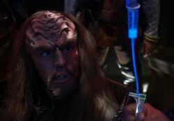 Klingon prisoner, Affliction
