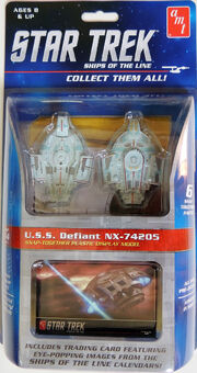 AMT 2016 Ships of the Line USS Defiant