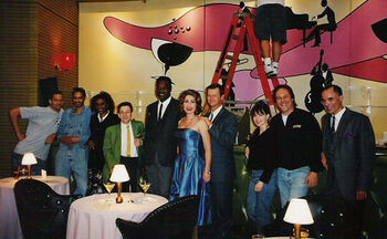Connolly (center) with fellow DS9 stand-ins