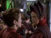 Kira beschuldigt Winn Neelas Auftraggeberin zu sein