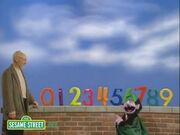 Patrick Stewart in der Sesamstraße
