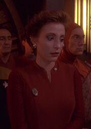 Kira auf Siskos Gedenkfeier