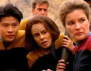 Kim, Torres und Janeway planen die Befreiung von Kes