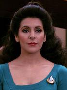 Hologramm von Deanna Troi 2366 auf der Brücke