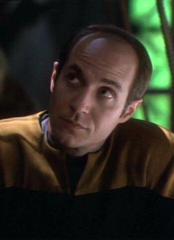 """<a href=""""/wiki/Lieutenant"""" title=""""Lieutenant"""">Lieutenant</a> Pete Durst (2371)"""