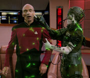 Picard kidnapped by the Borg