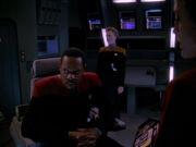 Sisko ist bereit Defiant zu opfern