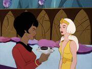 Uhura threatens Dara