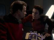 Kira spricht Riker ab ein Terrorist zu sein
