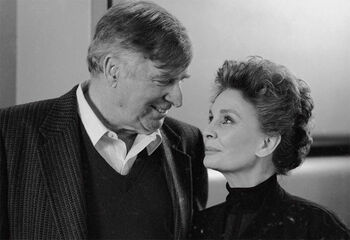 "Simmons with <a href=""/wiki/Gene_Roddenberry"" title=""Gene Roddenberry"">Gene Roddenberry</a>"