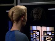 Seven of Nine verwandelt sich in Klingonen