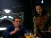Keiko asks Replicant O'Brien about his trip to the Parada system