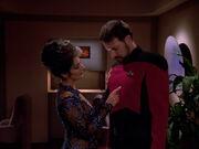 Troi verführt Riker