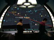 Tuvok und Chakotay verfolgen den Weg der Voyager zurück