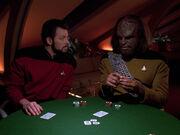 Worf und Riker beim Pokern