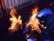 Harry und Tom brennen