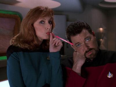 Riker straw HD