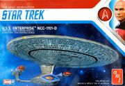 Round2 AMT Model Kit USS Enterprise D Snap 1-2500 2019
