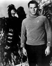 Humanoid bird with Captain Pike, deleted scene