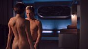 T'Pol entkleidet sich vor Trip