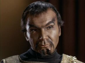 科爾,一名2267年的克林貢男性