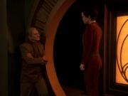 Odo spricht mit Kira über Ghemor