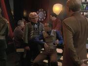 Quark schlägt Odo vor Jubiläum zu feiern