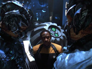 Tuvok with Hirogen
