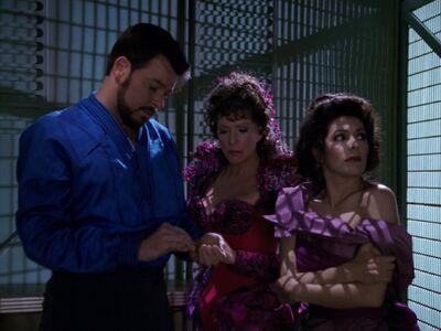 Riker Deanna Lwaxana Troi