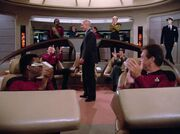 Picard bekommt Applaus