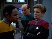 Tuvok erzählt von den Vorfällen