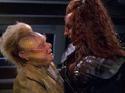 Neelix und Ch'Rega 2377