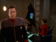 Ross berichtet Ankunft Romulaner
