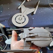 Eaglemoss USS Shenzhou + USS Discovery prototypes