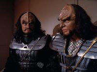 Heart of Glory - Klingoni w areszcie