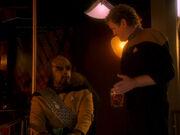 Worf und O'Brien reden über die Zeit auf der Enterprise